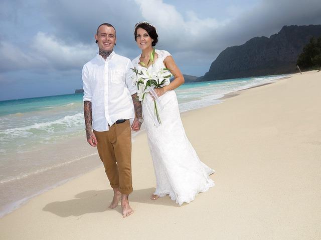Svatební šaty přizpůsobte i své svatbě